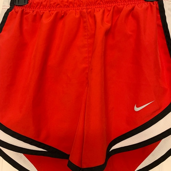 Nike Pants - Women's Nike shorts